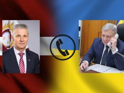 Балтійські країни розглядають Україну як найбільш цінного партнера НАТО: міністри оборони України та Латвійської Республіки провели телефонну розмову