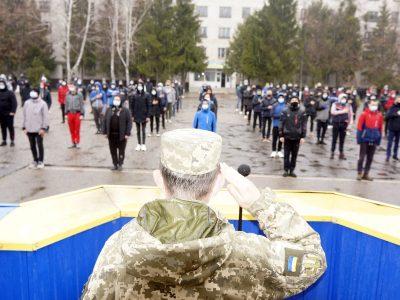 Весняний призов на Харківщині: що мотивує юнаків йти на строкову