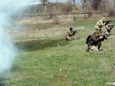 На Харківщині до занять з тероборони долучилися сотні ветеранів АТО/ООС