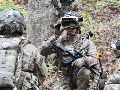 Microsoft постачатиме для солдатів армії США окуляри доповненої реальності: ціна питання – майже 22 млрд доларів