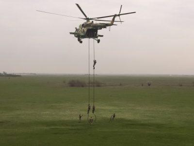Морські піхотинці провели десантування з моря та повітря