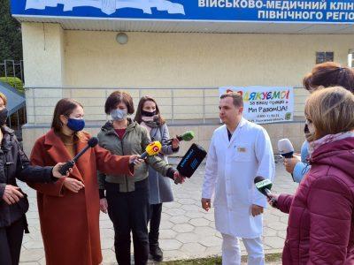 До Харкова доправили трьох військових, які напередодні постраждали внаслідок підриву військового автомобіля на Луганщині