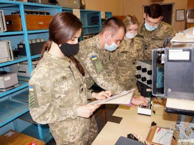Харківські військові метрологи озброюють курсантів новими вміннями