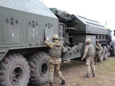 Тремти, ворожа артилеріє! Українські військові освоюють новітній комплекс артилерійської розвідки «Зоопарк-3»