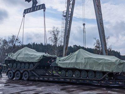 Житомирський бронетанковий завод достроково передав Збройним Силам України чергову партію машин бойової піхоти