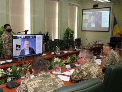 У Національній академії підбили проміжні підсумки удосконалення освітнього процесу за участю експертів НАТО