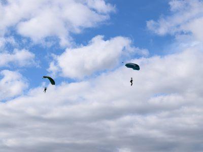 Спецпризначенці відпрацьовували свої вміння з десантування у межах льотної зміни