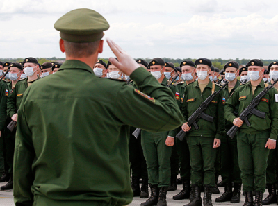 Служити Росії скоро буде нікому, або  Чотири бійці на кілометр кордону…