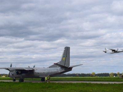 За лічені хвилини авіаційна бригада вийшла з-під удару умовного противника