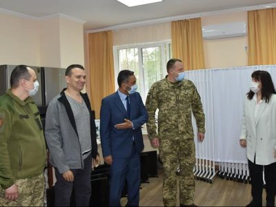 Туреччина передала обладнання для поліпшення реабілітації поранених українських військових