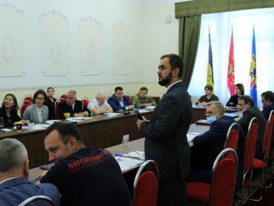Моделі внутрішніх та міжвідомчих комунікацій у секторі безпеки і оборони як предмет дискусії