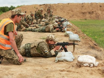 ORBITAL: на сході України за британським сценарієм відбувається індивідуальний вишкіл піхотинців