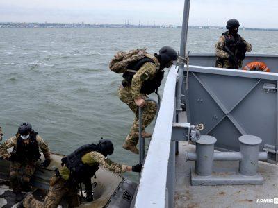 Навчально-тренувальна місія ORBITAL: доглядова команда здійснила контрольну висадку на «підозріле» судно