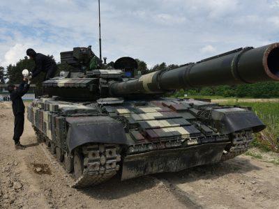 Чому танкісти стріляли «штатку» в білих рукавичках?!