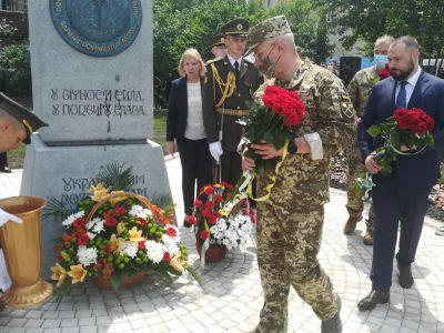 У Києві урочисто відкрили сквер імені Героя України Максима Шаповала та пам'ятник усім воєнним розвідникам