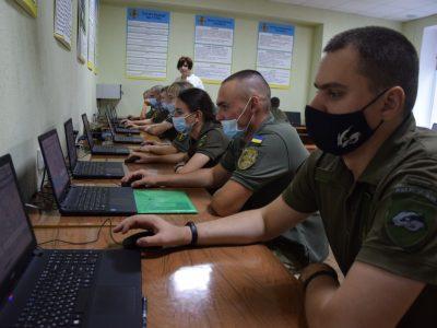 Кожен третій з новоприбулих курсантів-зв'язківців має бойовий досвід