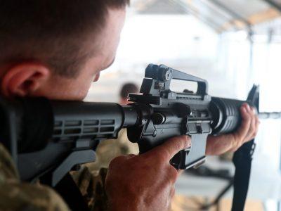 Українські морські піхотинці працюватимуть з американською стрілецькою зброєю