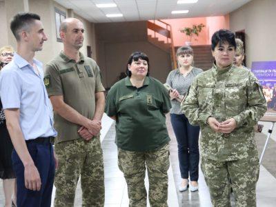 У Мар'їнці презентували спеціалізовану виставку, присвячену співпраці України з НАТО