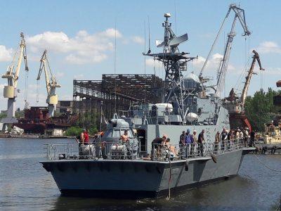 Після докового ремонту спустили на воду рейдовий тральник «Генічеськ» і ракетний катер «Прилуки»