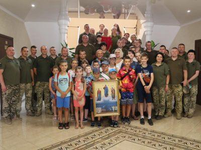 Діти ветеранів завітали до військових