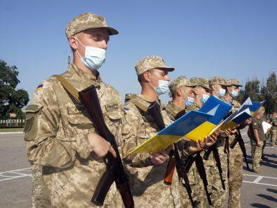 У Харкові понад 730 вихованців трьох військових кафедр склали Військову присягу на вірність українському народові