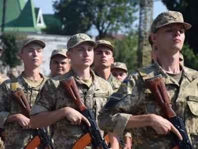 Полтавчани йдуть до війська: хто вони та які військові спеціальності обирають