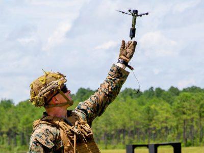 Морпіхи США почали освоювати міні-дрони