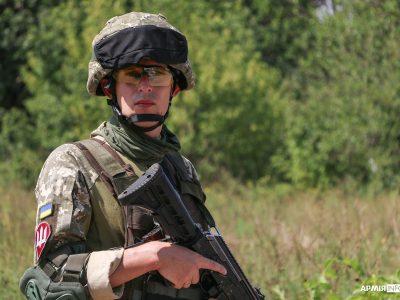 Воювати розпочинав солдатом, тепер він — офіцер