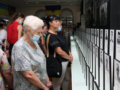 У Сумах представники Мінветеранів зустрілися з родинами загиблих Героїв