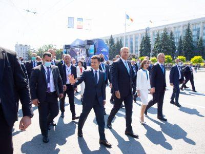 Президент України взяв участь у військовому параді з нагоди Дня незалежності Молдови