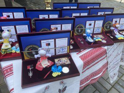 У Холодному Яру вручили нагороди «Народний герой України»