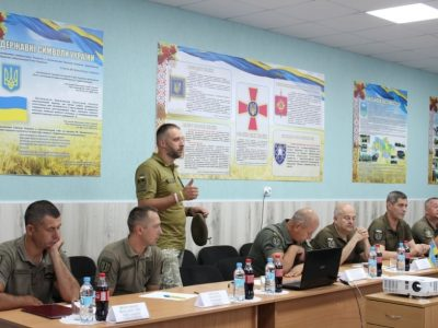 На Житомирщині за участю представників США стартували курси з питань обслуговування автомобілів типу HMMWV