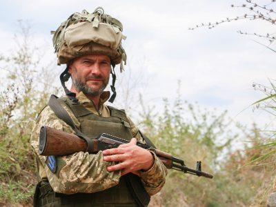«Хотілося б, щоб Луганськ, Донецьк та Крим знову стали нашими»