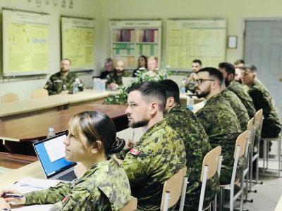 Українські і канадські військові обговорили питання протидії саморобним вибуховим пристроям