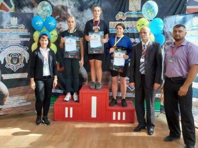 Команда спортсменів-гирьовиків Національної академії сухопутних військ привезла понад 10 медалей з чемпіонату України