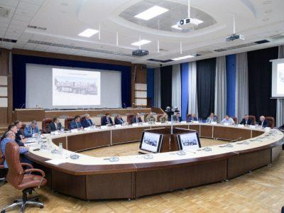 У Дніпрі обговорили реалізацію програми розвитку ракетної техніки та ракетно-реактивного озброєння