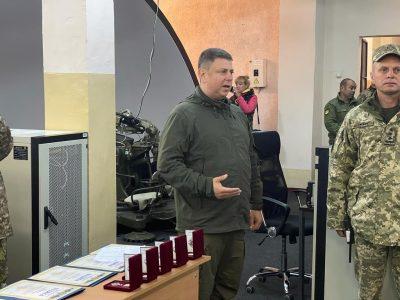 Відзнаками РНБО України нагороджено військовослужбовців навчального центру «Десна»