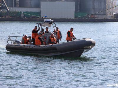 На флоті розпочалась апробація швидкісних човнів, отриманих від США