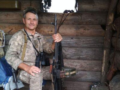 Шість років тому він залишив посаду голови селищної ради та взяв до рук зброю