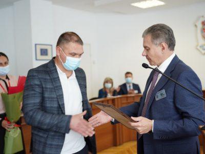 Ветеранові АТО/ООС вручили сертифікат на придбання автомобіля