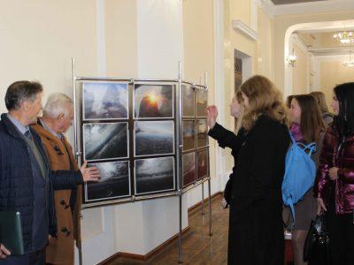 У Вінниці відкрилась виставка світлин військового льотчика
