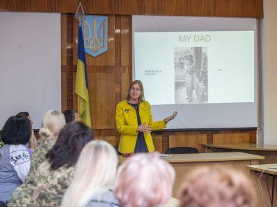 За участю представників США в Національному університеті оборони України обговорили питання гендерної політики