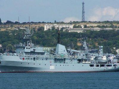 Командувач ВМС нагородив учасників рятувальної операції військового корабля «Балта»