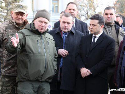 Президент України Володимир Зеленський відвідав виставку озброєння та військової техніки «Цифрове майбутнє армії»