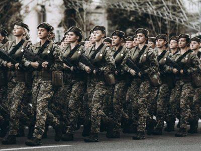 56 726 жінок проходять службу і працюють в Збройних Силах України